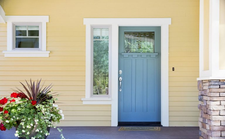 What You Should Know About Restoring Front Door Paint